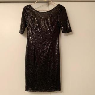 ビーシービージーマックスアズリア(BCBGMAXAZRIA)のバックオープン スパンコール ドレス ワンピ 背中開き (ミニドレス)