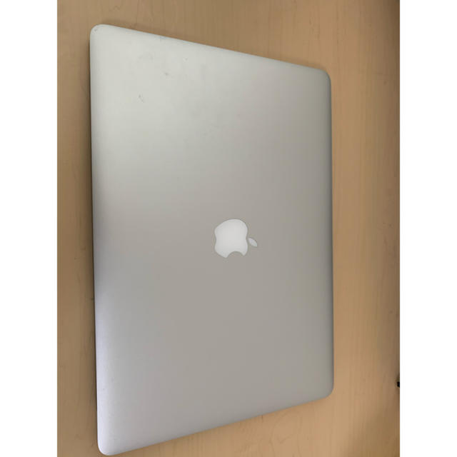 macbook pro 動画 編集 スペック