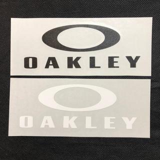 オークリー OAKLEY 切文字 ステッカー  黒1枚白1枚