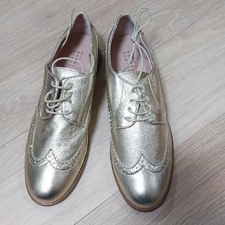 バーニーズニューヨーク(BARNEYS NEW YORK)のバーニーズニューヨーク  レディースシューズ【38】(ローファー/革靴)