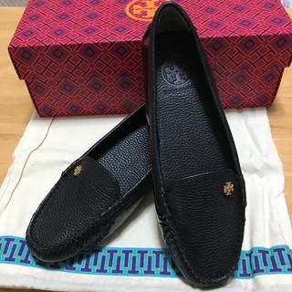 トリーバーチ(Tory Burch)の新品★トリーバーチ レザー シューズ(ローファー/革靴)