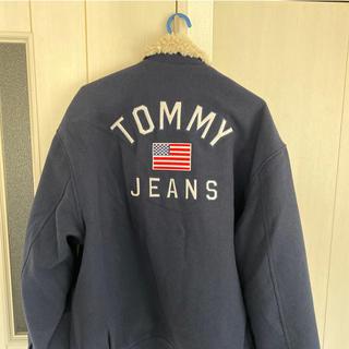 トミー(TOMMY)のTOMMY JEANS ジャケット ビッグロゴ(ダウンジャケット)
