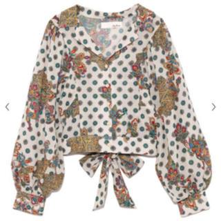 リリーブラウン(Lily Brown)のオリエンタル柄開襟シャツ(シャツ/ブラウス(長袖/七分))