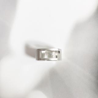 グッチ(Gucci)の正規品 グッチ 指輪 シルバー SV925 くりぬき GG 銀 ロゴ リング 4(リング(指輪))