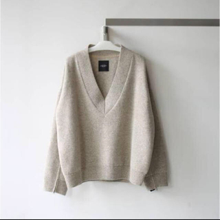 UNUSED - UNUSED V-neck knit サイズ1 オートミール