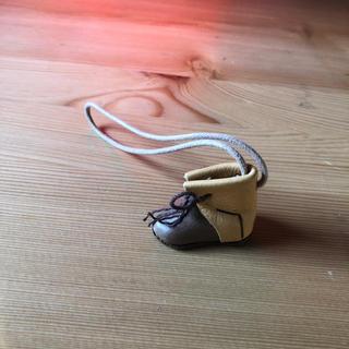 スタディオクリップ(STUDIO CLIP)の【no.218】IBIZA 薄茶色のブーツ バッグチャーム(19)(チャーム)