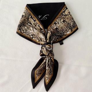 アメリヴィンテージ(Ameri VINTAGE)のPython tie scarf black No.181(バンダナ/スカーフ)