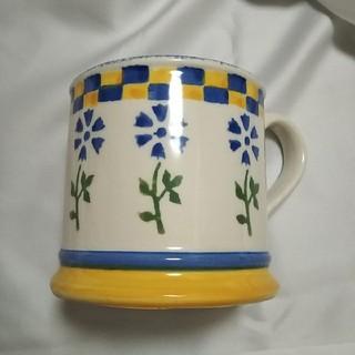 ローラアシュレイ(LAURA ASHLEY)の☕ローラアシュレイ陶器のカップ(グラス/カップ)