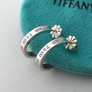 Tiffany & Co. - Tiffany 1837™ フープ ピアス