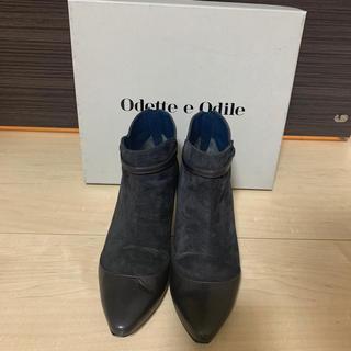 Odette e Odile - スエードショートブーツ