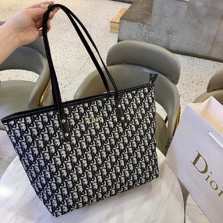 Christian Dior - DIORトートバッグ