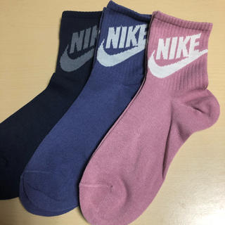 NIKE - NIKE ナイキ靴下 ☆ ロゴ大カラー3種セット!