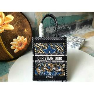 Christian Dior - 新品  Dior  トートバッグ 大容量