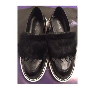 ローズバッド(ROSE BUD)のROSEBUDリアルファー付きローファー(ローファー/革靴)