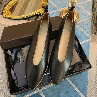 ボッテガヴェネタ(Bottega Veneta)のBOTTEGA ボッテガヴェネタ アーモンドフラットパンプス(ローファー/革靴)