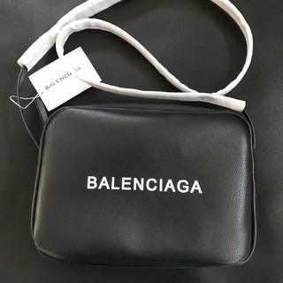 バレンシアガバッグ(BALENCIAGA BAG)の【BALENCIAGA】ロゴ入りカメラ☆ショルダーバッグ(ショルダーバッグ)