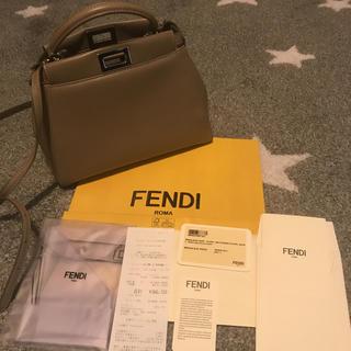 フェンディ(FENDI)のミニピーカブー (ハンドバッグ)