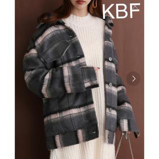KBF - KBF アウター チェック コート レディース