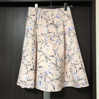 トッコ(tocco)の【未使用】TOCCO closet花柄スカート(ひざ丈スカート)
