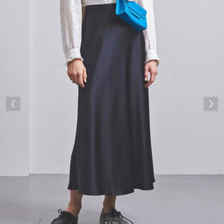 UNITED ARROWS - 大人気♪ユナイテッドアローズ サテン セミタイト スカート