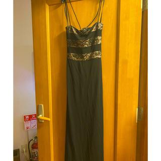 ビーシービージーマックスアズリア(BCBGMAXAZRIA)のBCBGのロングドレス(ロングドレス)
