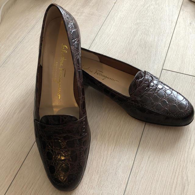 Salvatore Ferragamo(サルヴァトーレフェラガモ)のフェラガモのローファー レディースの靴/シューズ(ローファー/革靴)の商品写真
