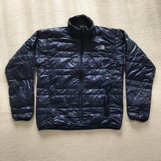 ザノースフェイス(THE NORTH FACE)のノースフェイス ライトヒートジャケット ND18174 メンズMサイズ 濃紺色(登山用品)