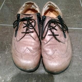 革靴 チャック式、紐靴 ベージュ色(スニーカー)