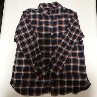 ユニクロ(UNIQLO)のシャツ(シャツ/ブラウス(長袖/七分))