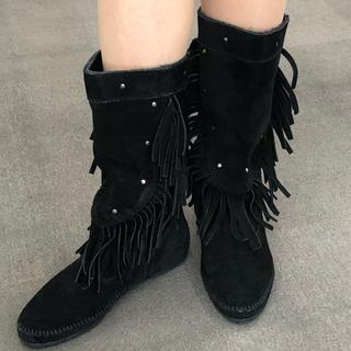 ミネトンカ(Minnetonka)のMINNETONKA ミネトンカ モカシン ブーツ 黒(ブーツ)