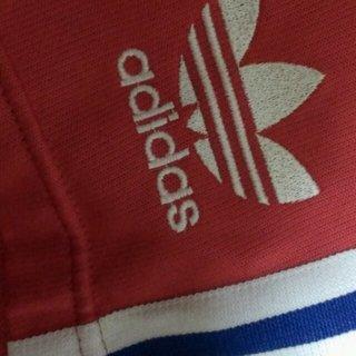 アディダス(adidas)の短パン(ハーフパンツ)