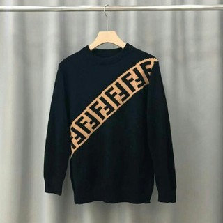 FENDI - FENDI ニットセーター 【新品、未使用】