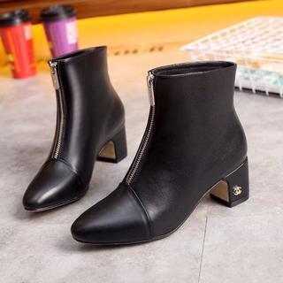 CHANEL - 大人気 靴