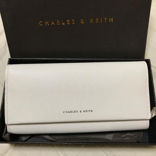 Charles and Keith - CHARLES&KEITH タッセル長財布