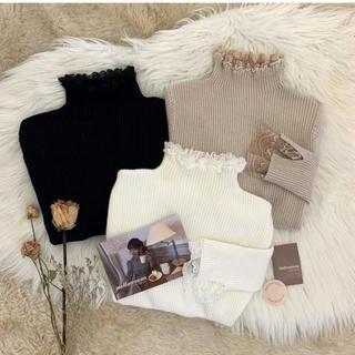snidel - mellowneon lace neck knit T