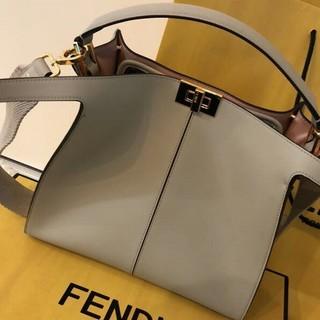FENDI - フェンディ ピーカブー エックスライト 美品