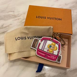 LOUIS VUITTON - ルイヴィトン☆新品未使用☆新作ポルト クレ・エピ ヴィヴィエンヌ