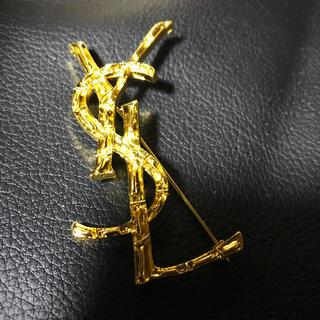 Yves Saint Laurent Beaute - YSLノベルティーゴールドブローチ