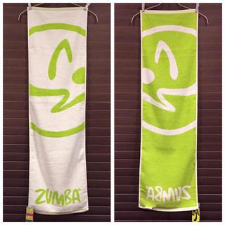 ズンバ(Zumba)の【新品未使用】ZUMBA スポーツタオル 1枚(トレーニング用品)