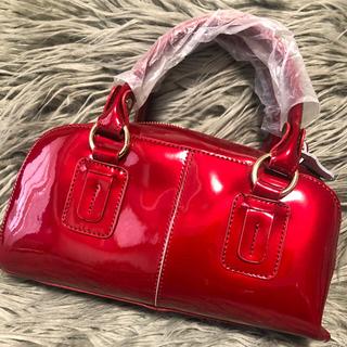 DIANA - ダイアナ エナメル赤バッグ
