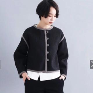 merlot - MERLOT IKYUのパイピング ショート丈ジャケット