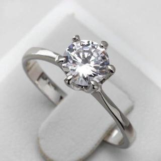 【newデザイン】輝く モアサナイト ダイヤモンド リング k18(リング(指輪))