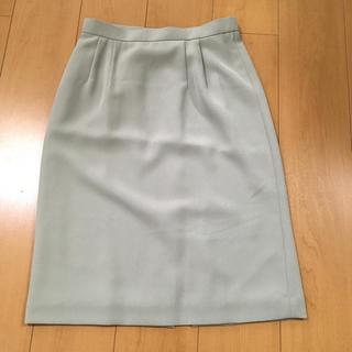 美品 タイトスカート セミタイト スカート(ひざ丈スカート)