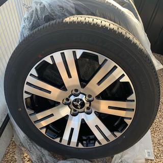 ミツビシ(三菱)の新型デリカD5 タイヤ&ホイール4本セット(タイヤ・ホイールセット)
