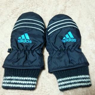 アディダス(adidas)のアディダス 冬用手袋 3歳~4歳用(手袋)