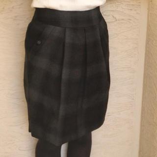 ヴァンドゥーオクトーブル(22 OCTOBRE)のチェック柄コクーンスカート(ひざ丈スカート)