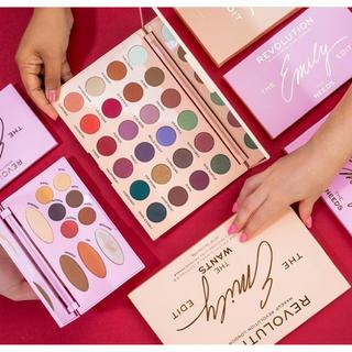 Sephora - makeuprevolution  新品 アイシャドウ  パレット 大きい