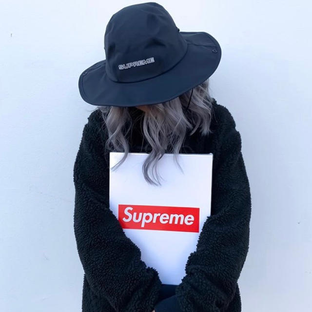 Supreme(シュプリーム)のSupreme GORE-TEX Rain Hat M/L メンズの帽子(ハット)の商品写真