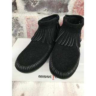 ミネトンカ(Minnetonka)のMINNETONKA☆CONCHO FEATHER SIDE ZIP BOOT(ブーツ)