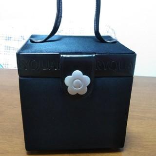 マリークワント(MARY QUANT)のノベルティ 新品未使用  マリークワント  ミラー メイクボックス(ポーチ)